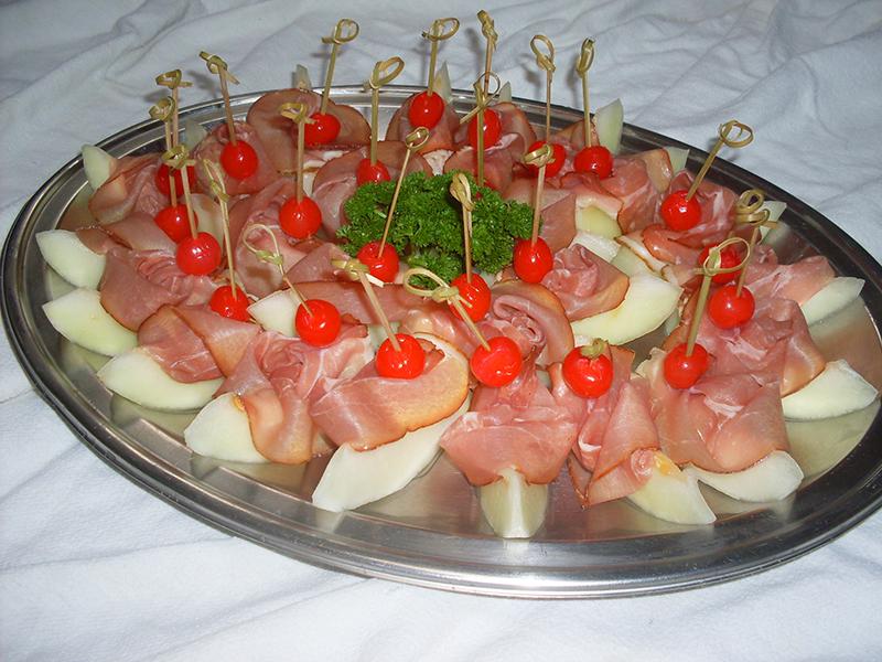 Schinken-Melone-Häppchen